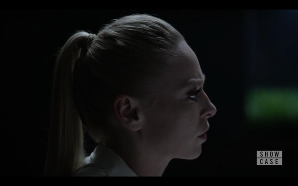 S02E11 - Angela profile